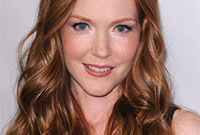 Darby-stanchfield-makeup-for-redheads-side